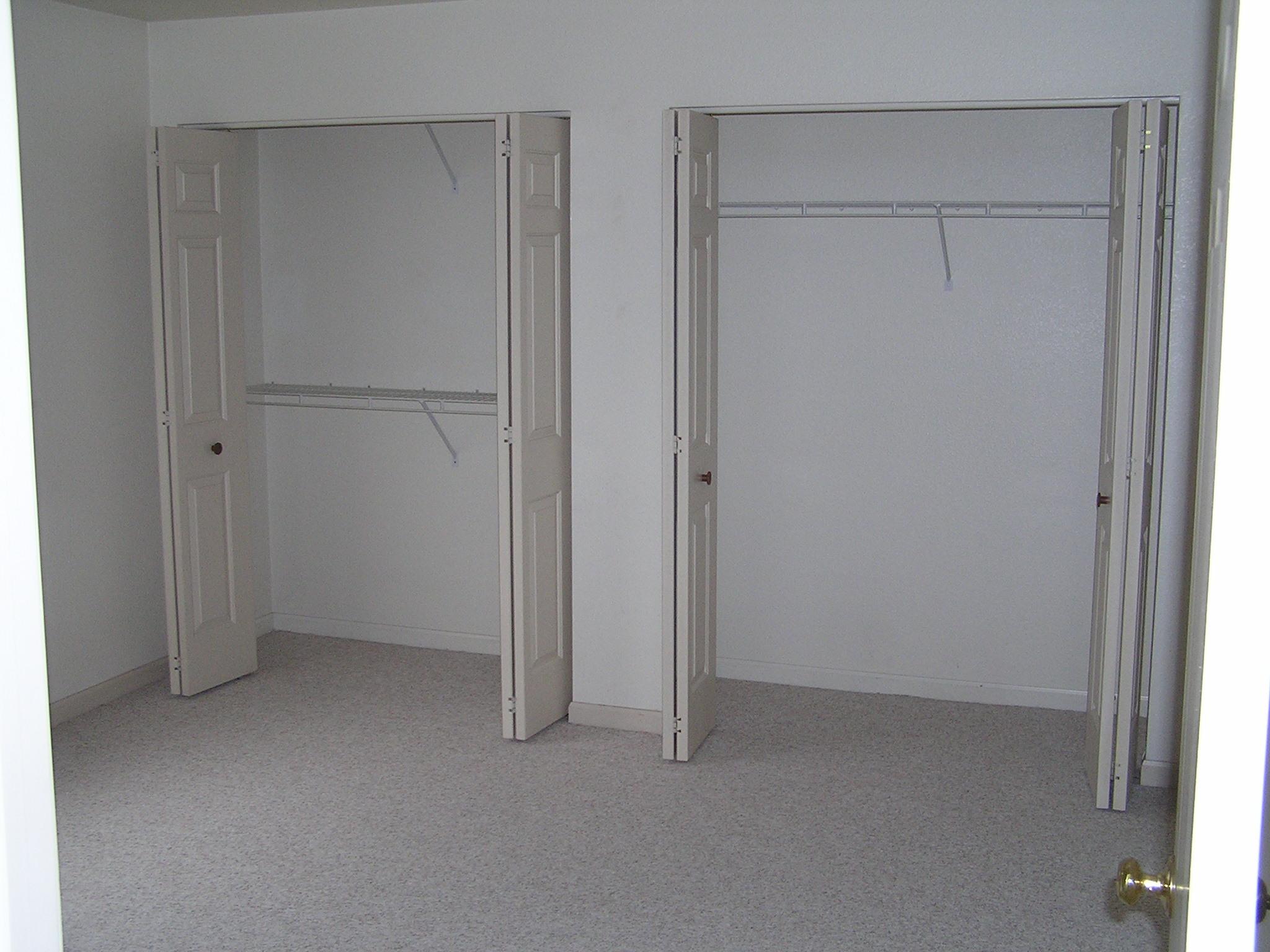 Bedroom Closet   Manitowoc WI Apartment
